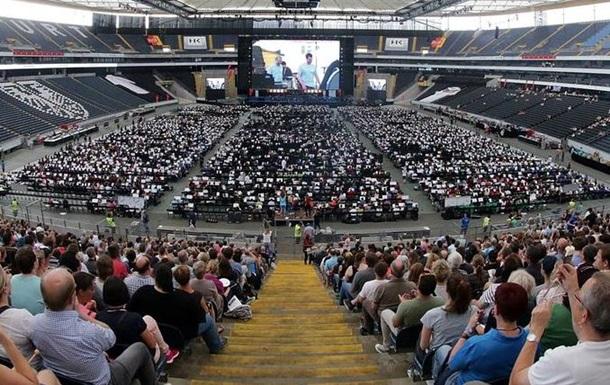В Германии выступил самый большой в мире оркестр