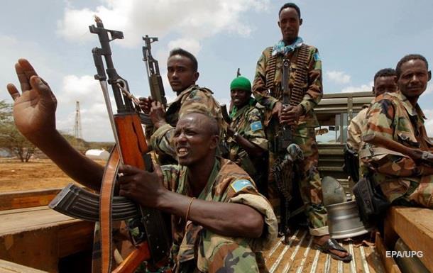 Атака на военную базу в Сомали: есть жертвы