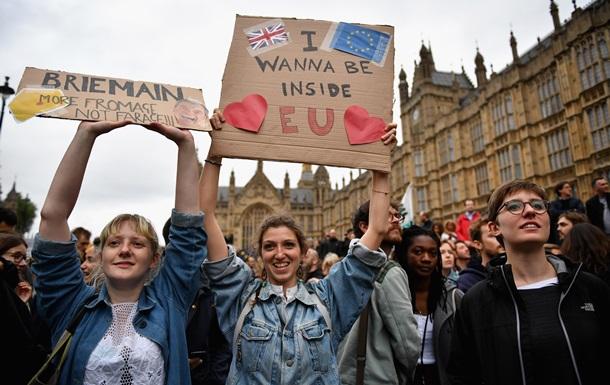 В Британии заметили всплеск расистских преступлений после Brexit