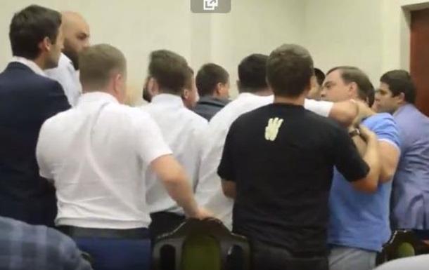 В Киевсовете подрались депутаты