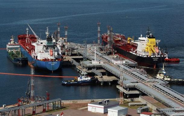 В Венесуэле армия будет контролировать порты