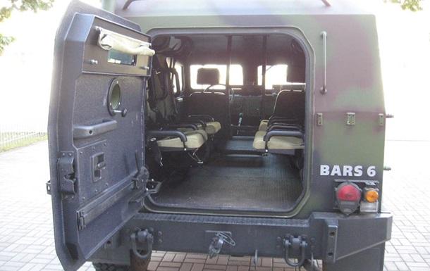 Корпорація  Богдан  представила бронеавтомобіль Барс-6