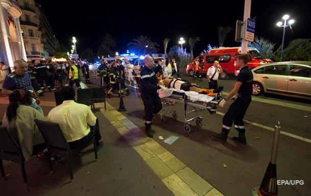 СМИ назвали водителя грузовика в Ницце