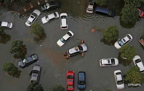 Из-за наводнения в Китае погибли 237 человек