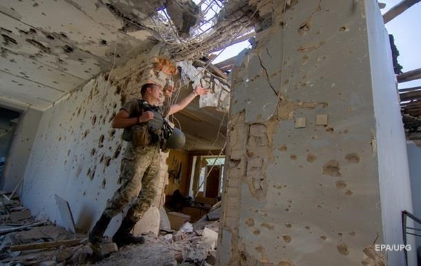 Потери в АТО: один погибший и четверо раненых