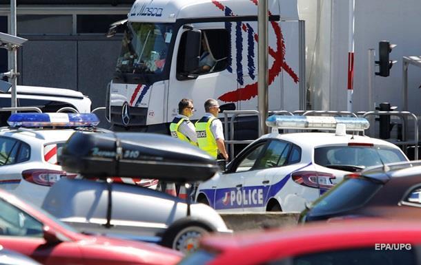 Глава МВД Франции призвал граждан на службу резервистами