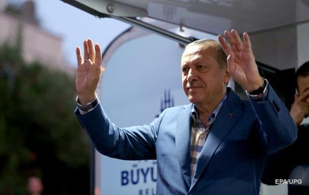 СМИ: Эрдоган  разминулся со смертью на минуты