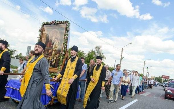 Крестный ход УПЦ не пустили в центр Житомира