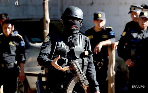 Заключенные тюрьмы в Гватемале устроили кровавый бунт
