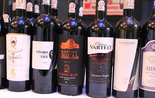 СМИ: Молдова будет поставлять вино в Россию морем