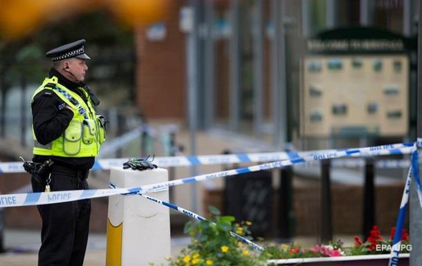 В Британии неизвестный расстрелял людей: три жертвы