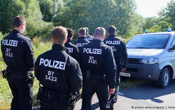 МВД Баварии: У устроившего резню в поезде не нашли связей с ИГ