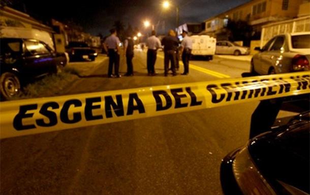 На курорте в Мексике расстреляли восемь человек