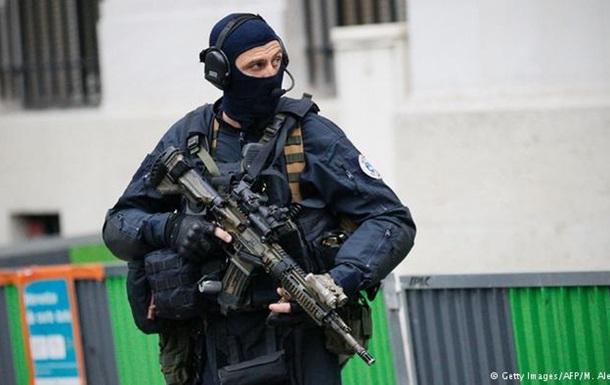 Под Парижем проведена антитеррористическая операция