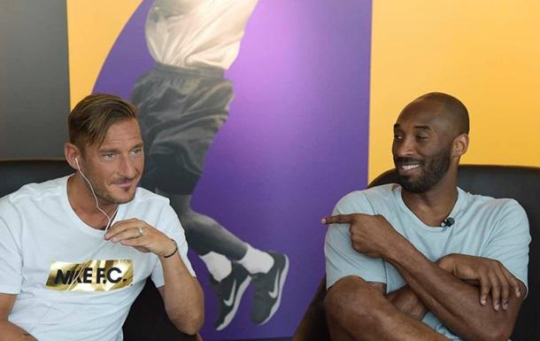 Легенда НБА и экс-звезда сборной Италии обменялись подарками