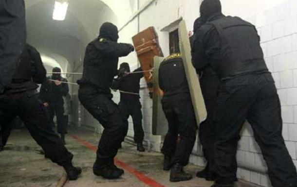 В российской колонии произошел массовый бунт заключенных