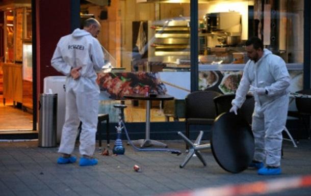 С появилось видео с сирийцем с мачете в Германии
