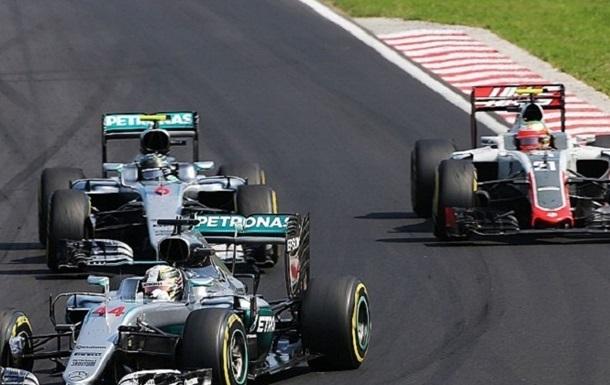 Формула-1. Гутьеррес обиделся на Хэмилтона за средний палец