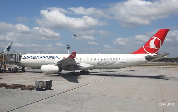 Turkish Airlines уволила 200 сотрудников после путча