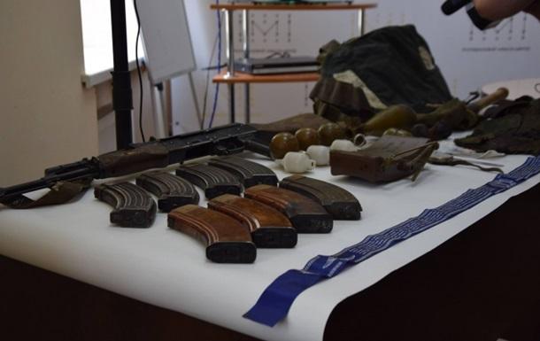 Силовики показали трофеи, захваченные в АТО