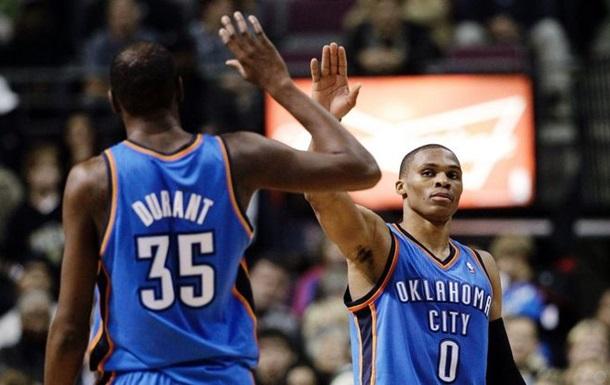 Звезды НБА не общаются из-за обиды