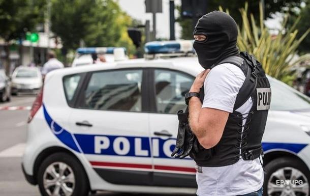 Во Франции захватили заложников в церкви