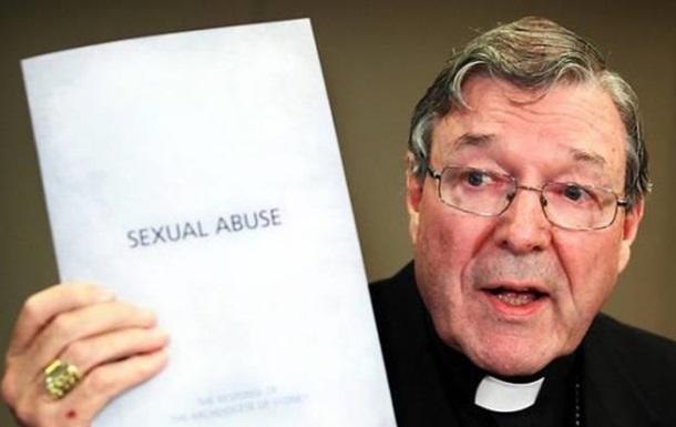 Казначея Ватикана заподозрили в домогательствах к детям
