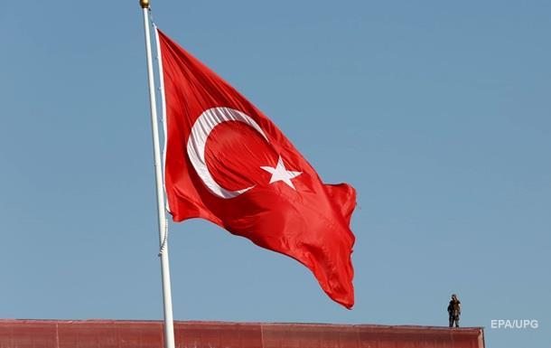 Турция закроет военную базу в Акинчи из-за связи с путчистами