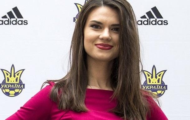 Топ-10 самых сексуальных футбольных журналисток