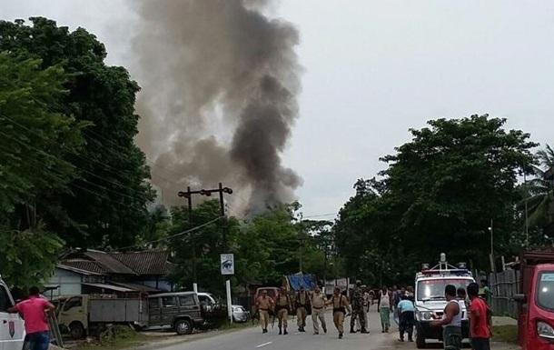 Стрельба на рынке в Индии: 12 жертв