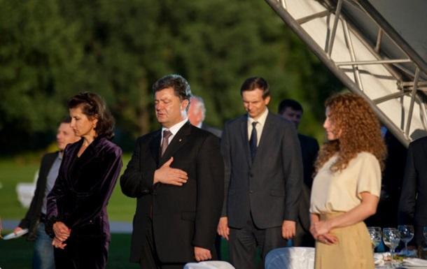 Порошенко призвал Константинополь к молитве за Россию