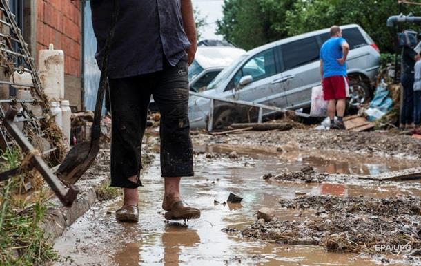 Наводнение в Македонии унесло жизни 21 человека