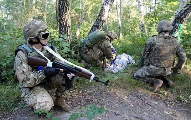 За сутки на Донбассе ранены 11 военных