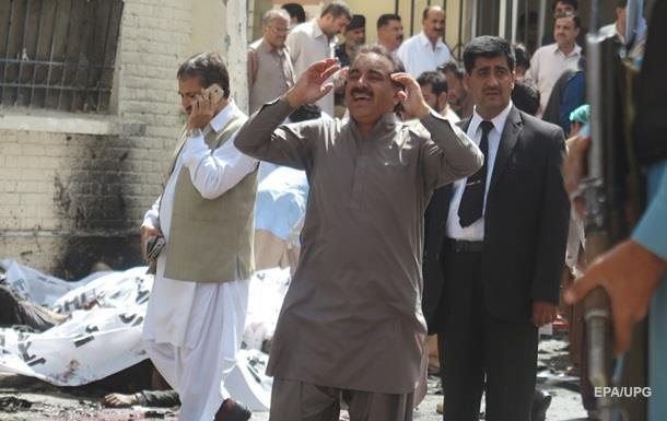 Теракт в больнице Пакистана: почти сто погибших