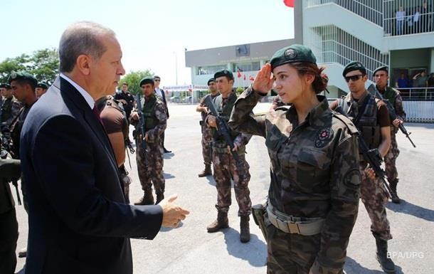 Турецкий офицер попросил убежище у США - СМИ