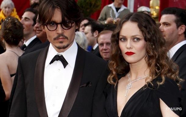 Ванесса Паради станет свидетелем в деле о разводе Джонни Деппа