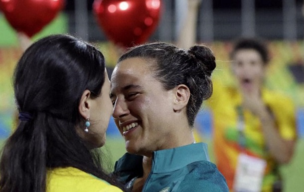 На Олимпиаде девушка публично сделала предложение спортсменке