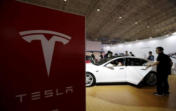 Автопилот Tesla спровоцировал ДТП в Китае