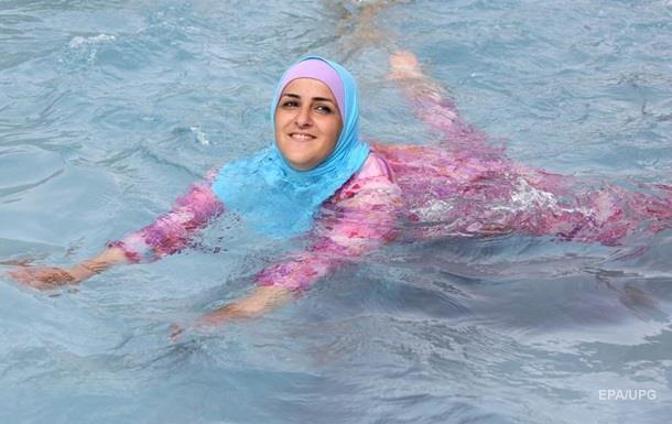 В Каннах запретили мусульманские купальники