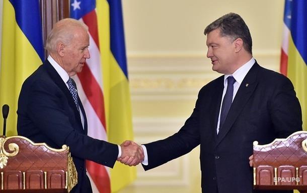 Порошенко и Байден обсудили реализацию Минска-2