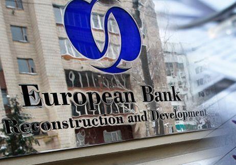 ЕБРР: Гривня рухнула на 67%, но экономику Украины ждет выздоровление