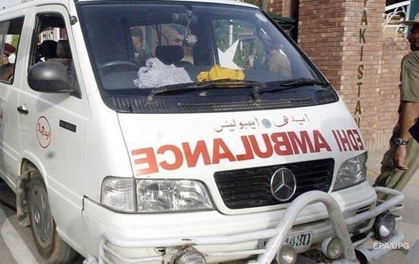 ДТП с автобусом в Индии: погибли восемь человек