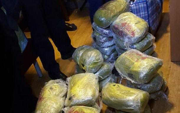 На киевском вокзале у мужчины нашли 120 кг наркотиков