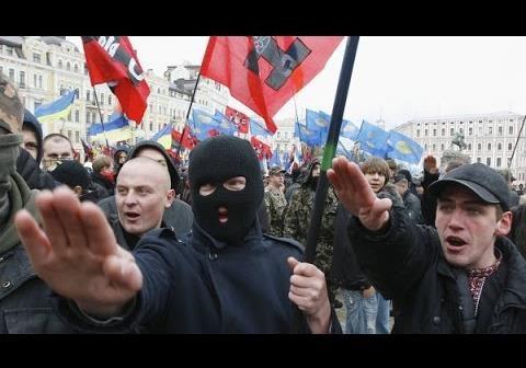 Нацисты против Порошенко