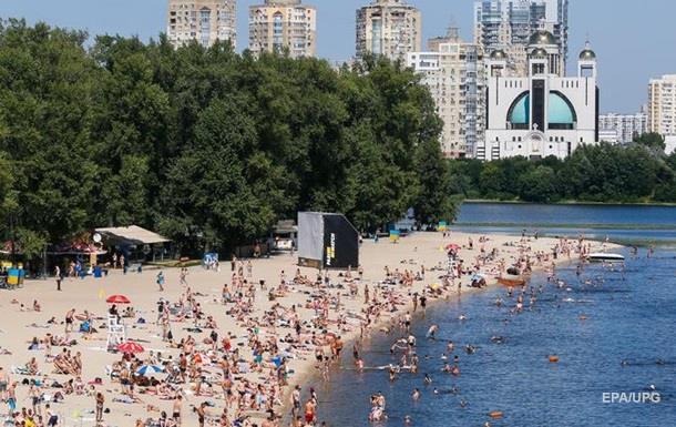 В Киеве на десяти пляжах нашли кишечную палочку