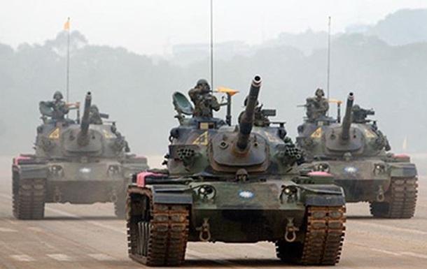 На Тайване танк упал в реку, есть жертвы