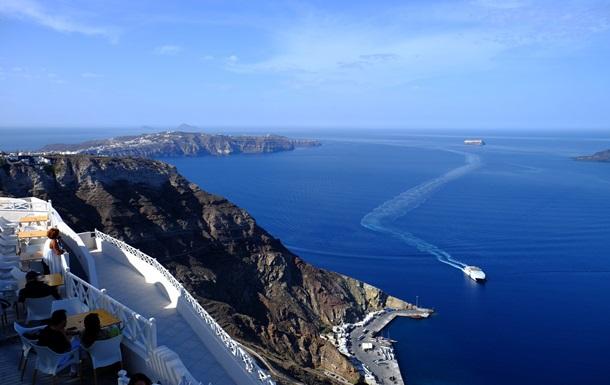 ВГреции катер столкнулся стуристической лодкой: трое погибших