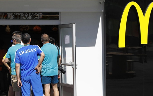 McDonald's в Рио тонет в очередях голодных спортсменов