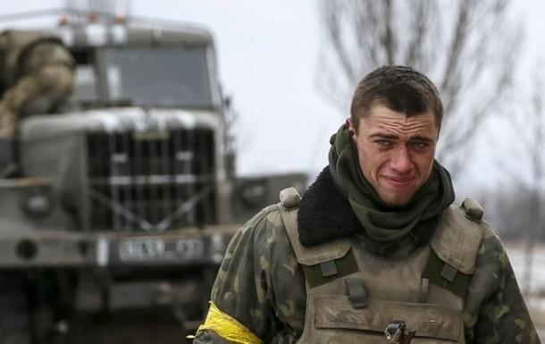 Сутки в Донбассе: ранены восемь военных