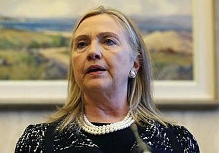 Клинтон примеряет коляску Рузвельта?